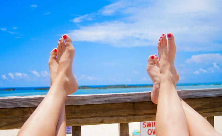 8 Dicas para Manter os Pés Saudáveis no Verão - Clinica de Podologia Braga Dr. Viviana Lima